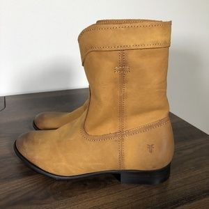 New Frye Cara Roper Boots Sz 7 Short Riding Cognac